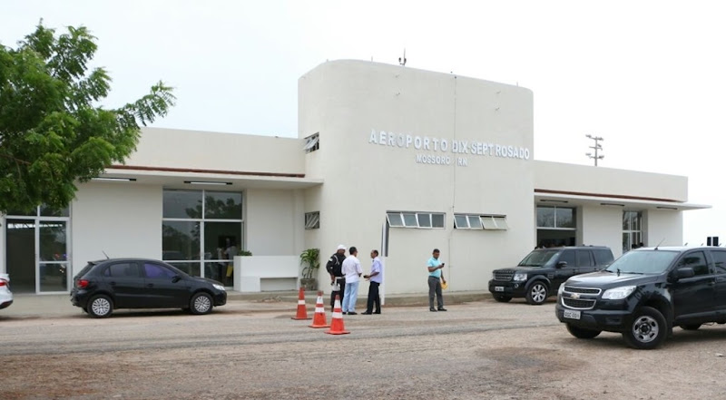 Aeroporto Dix-Sept Rosado