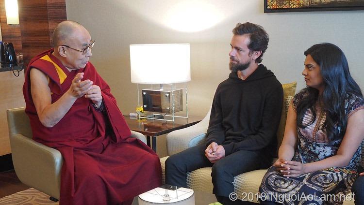 Twitter CEO diện kiến Đức Dalai Lama