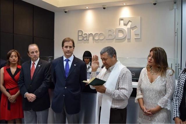 Banco bdi inaugura sucursal en multiplaza la romana for Banco espirito santo oficinas