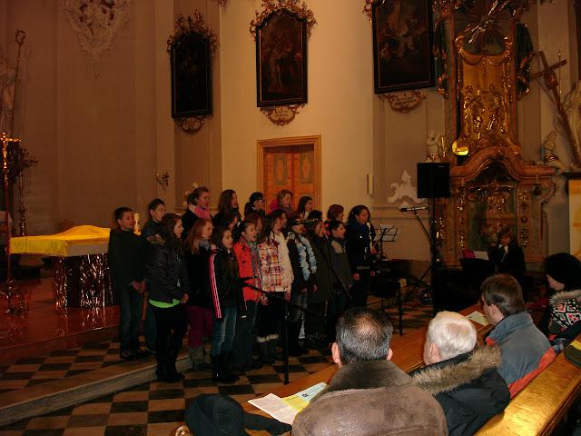 11.12.2012 Galakoncert v rámci 10. ročníku festivalu dětských pěveckých sborů - DSC06889.JPG