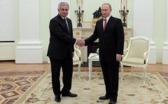 Vladimir-Putin, Raul-Khadjimba, Moscow Kremlin