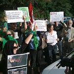 Sit-In-ambasciata-Iran-Roma-240609-02.jpg