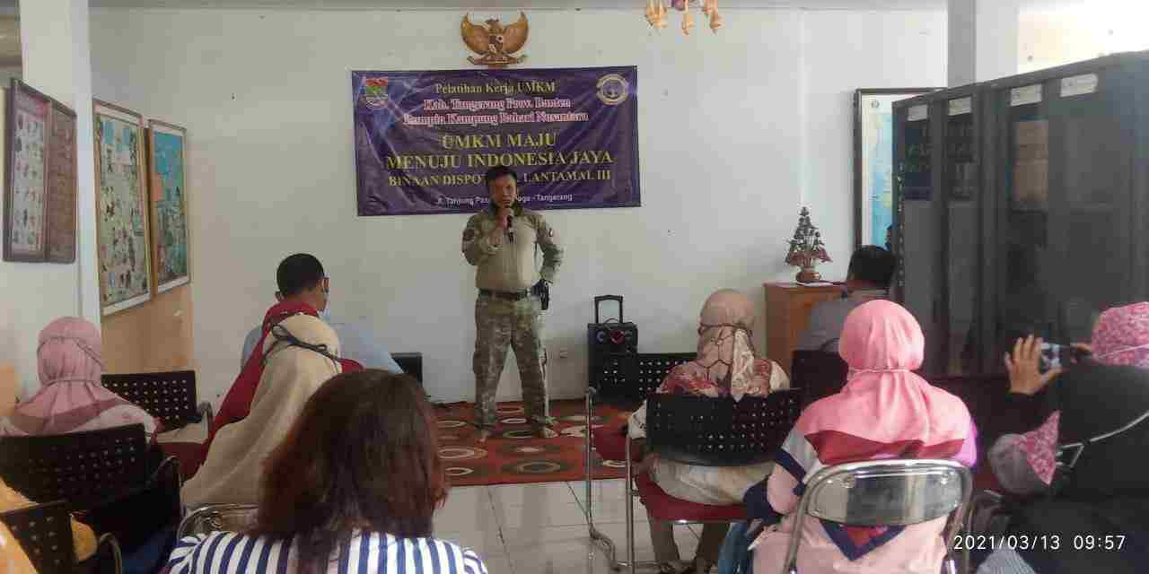 Meningkatkan Keterampilan Dan Kreativitas Masyarakat, Dispotmar Latamal lll Lakukan Latihan Kerja Di Rumpin Tanjung Pasir