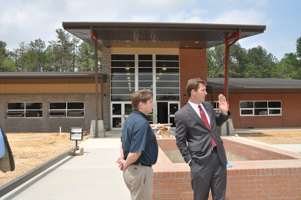 Arkansas Secretary of State Mark Martin Visits UACCH-Texarkana - DSC_0364.JPG