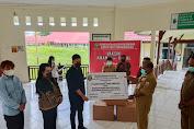 Direktur PT. Agung Perkasa Utama Cemerlang Andi Ilham, Serahkan Bantuan Alkes PCR Real Time dan Auto EXTRATOR Libex di Indonesia Timur