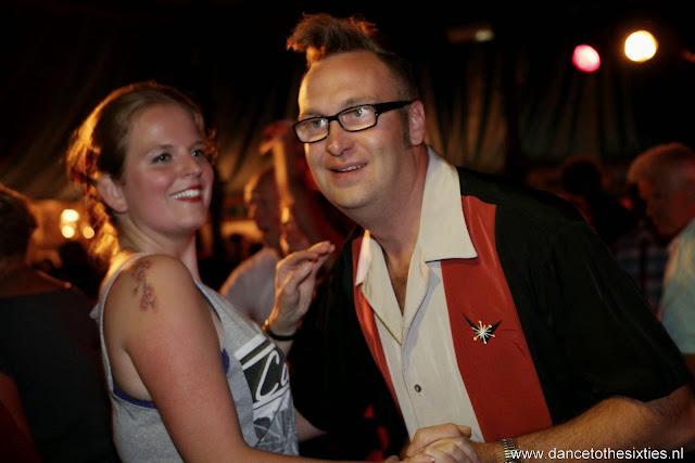 Naaldwijkse Feestweek Rock and Roll Spiegeltent (40).JPG