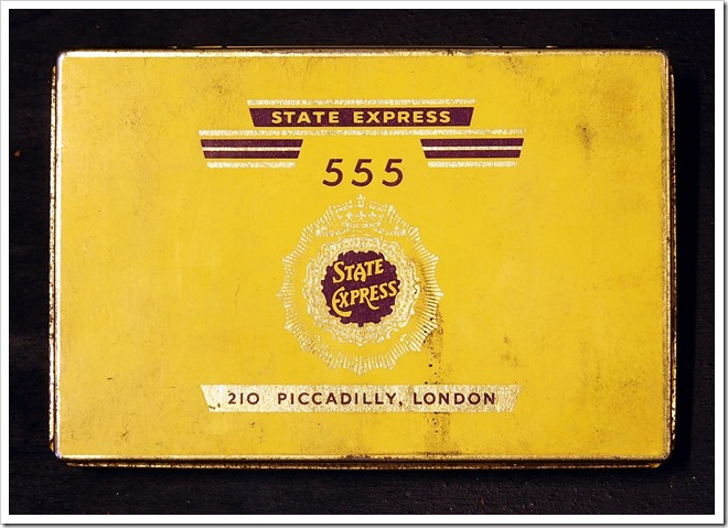 State_Express_555_cigarettes_tin