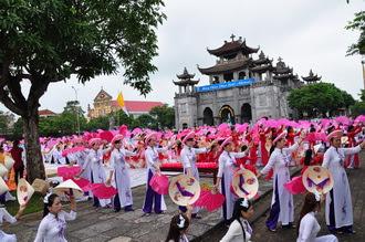 Giáo hạt Phát Diệm khai mạc Tháng Hoa - 2016