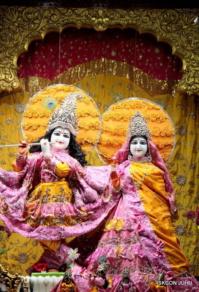 ISKCON Juhu Mangal Deity Darshan 29 Jan 2016 (16)