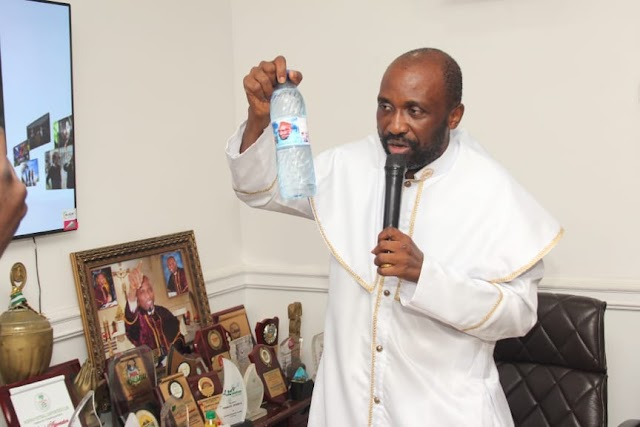 """I'll Visit Lagos Isolation Centres With My Healing Water, Anointing Oil"" - Primate Elijah Ayodele Vows, Feeds Lagosians ~ Omonaijablog"