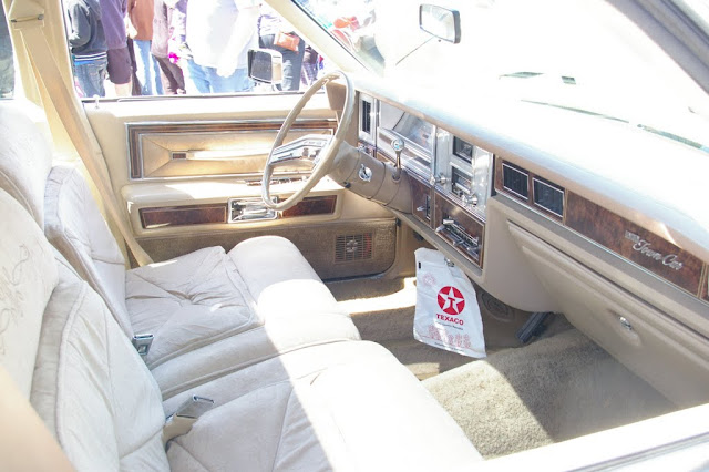 The interior of a 1978 Lincoln Town Car.