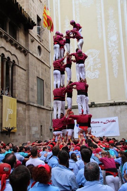 Actuació 20è Aniversari Castellers de Lleida Paeria 11-04-15 - IMG_8966.jpg