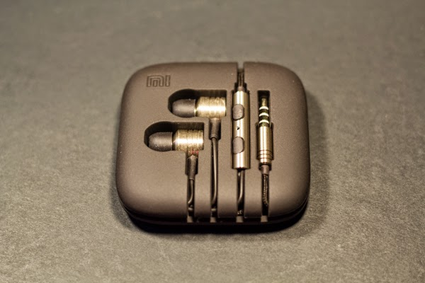 Mi in ear headphones