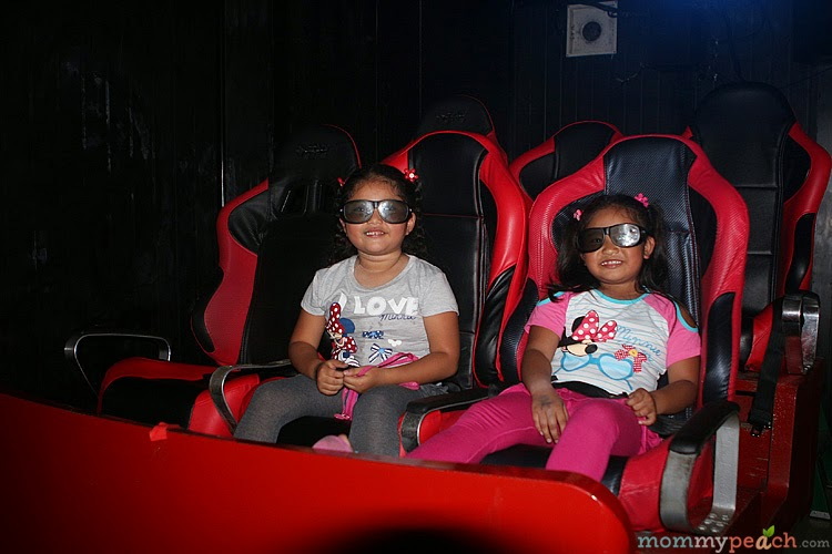 Inside Fun Rider 5D in Market Market