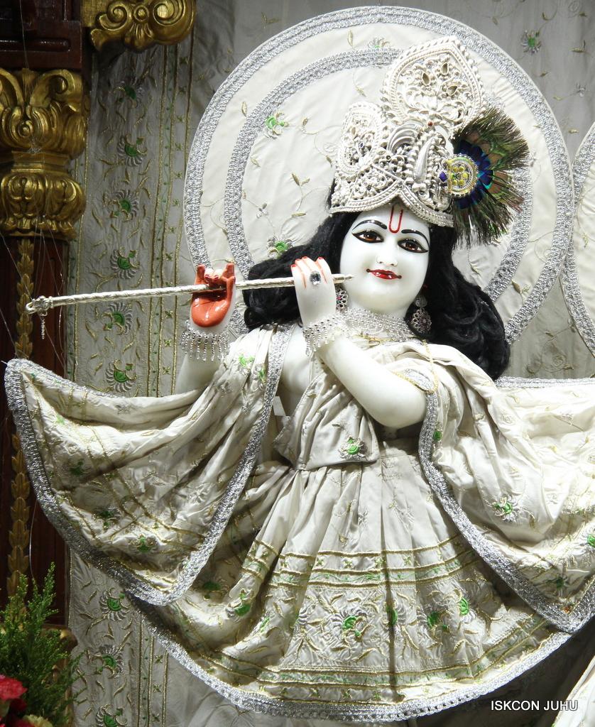 ISKCON Juhu Mangal Deity Darshan on 8th Sep 2016 (26)