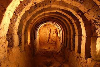 Μέθοδος Μαντείας,νεκρομαντείο Αχέροντος,κατακόμβες,σήραγγα,method of prophecy, temple of necromancy acheron Greece,tunnel,catacombs