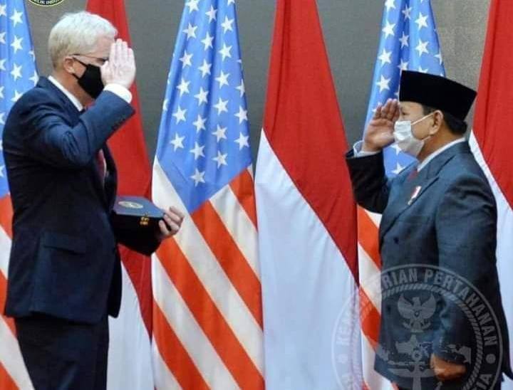 Menhan RI Terima Kunjungan Kehormatan Menhan AS