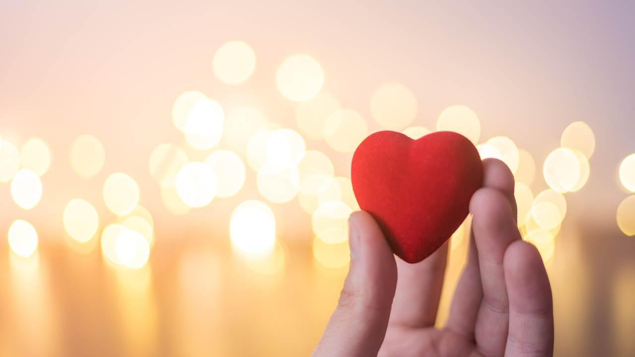 Tình yêu mạnh hơn thời gian