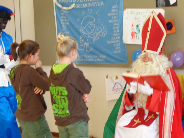 Sinterklaas op de scouts - 1 december 2013 - DSC00207.JPG
