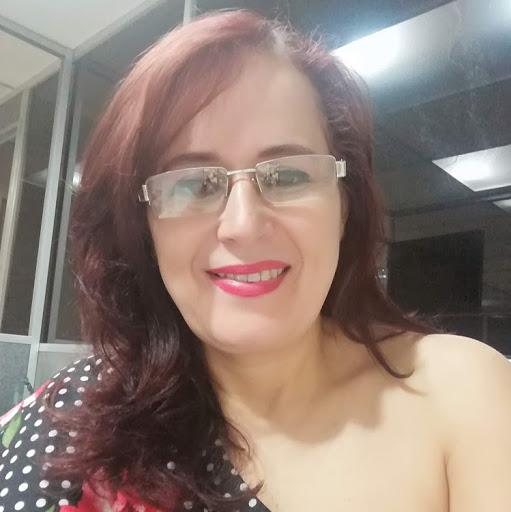 Luz Alvarez Photo 30