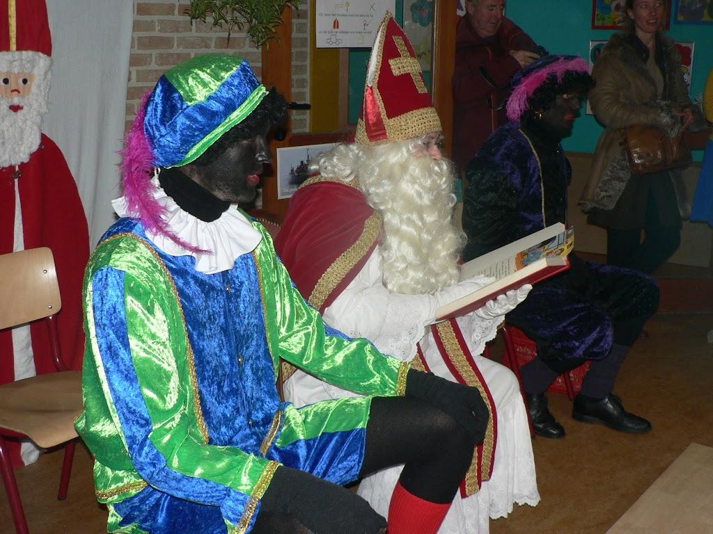 Sinterklaas op bezoek - P1270307.JPG