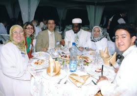 Forum Mundial de la Mashishiya Shadhiiliya. Amparo, Marta Cedon Fernandez y su esposo, musulmanes de EEUU y de Arabia.