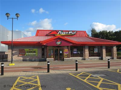 Pizza Hut On Anjou Boulevard Restaurant Pizzeria In Town