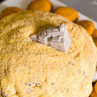 Jakku S'more cheese ball