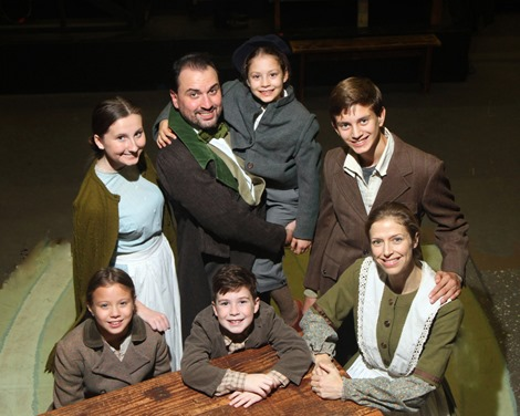 Cratchit Family 2016