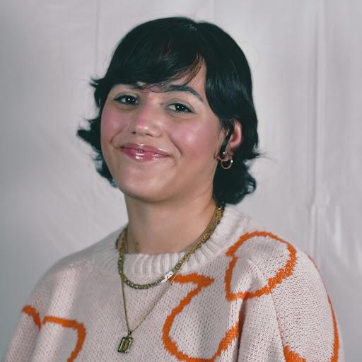 Sara Menendez Photo 11