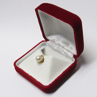 18K Gold & Pearl Tie Pin