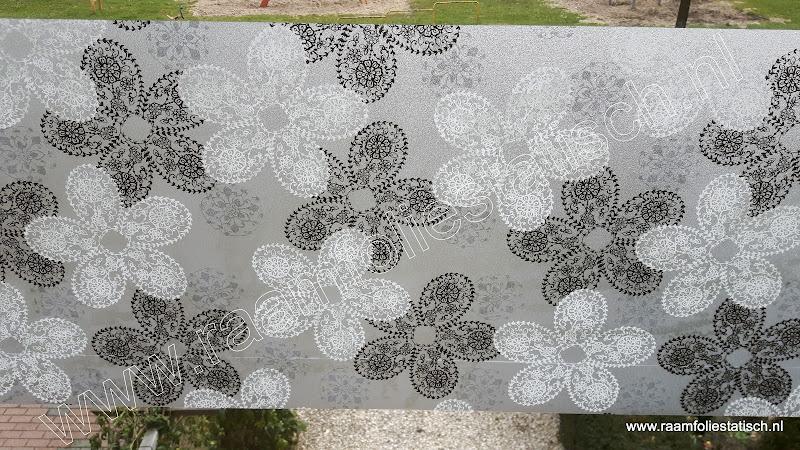 statische raamfolie met bloemen