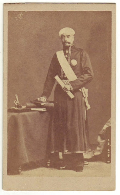 Sir Salar Jung in another undated photo, possibly by Deen Dayal