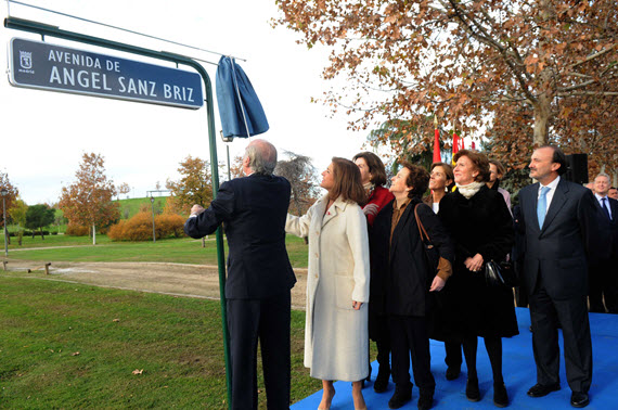 Nueva avenida de Sanz-Briz, homenaje al diplomático, en Latina