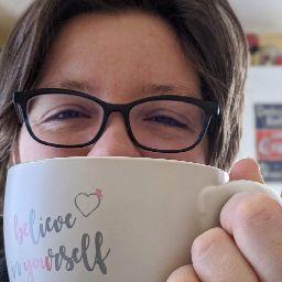 user Kate Harland apkdeer profile image
