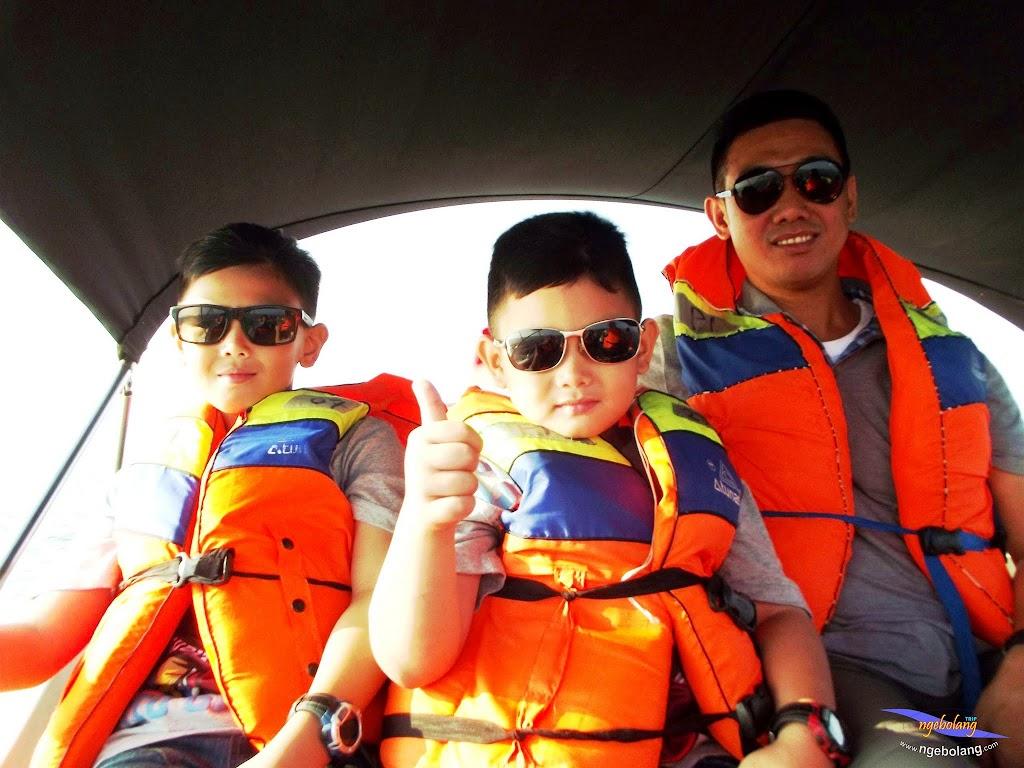 family trip pulau pari 090716 Fuji 010