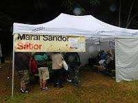 A Márai Sándor sátorban felsőoktatási kerekasztal zajlik.JPG