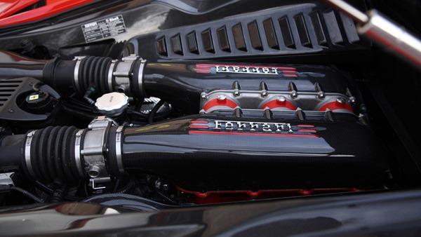 Ferrari 458 speciale sound