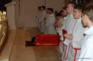 Liturgia Wielkiego Piątku w parafii Bucze, 03.04.2015