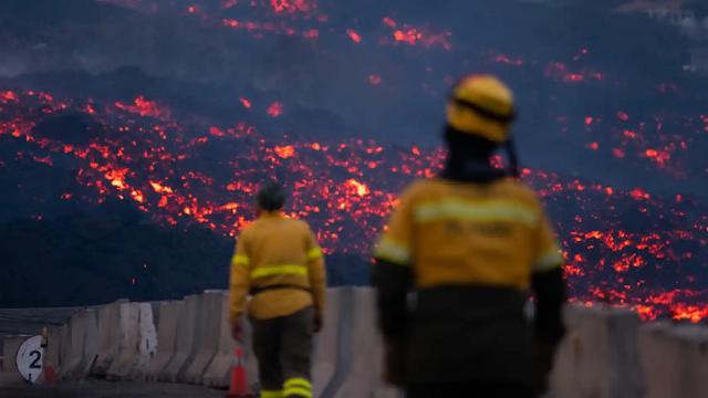 """ESPAÑA: El Gobierno de Canarias prepara un decreto para reconstruir """"con urgencia"""" las casas afectadas"""