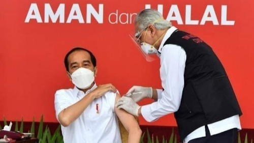 Dokter dari Cirebon Sebut Vaksinasi Presiden Gagal, PB IDI Angkat Bicara.