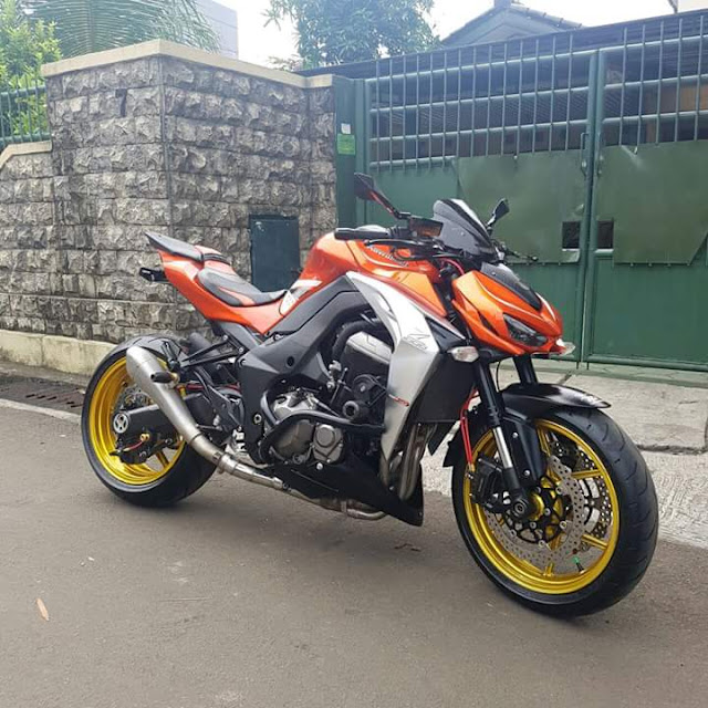 BURSA MOGE BEKAS : Forsale Kawasaki Z1000 Super Ajib - JAKARTA