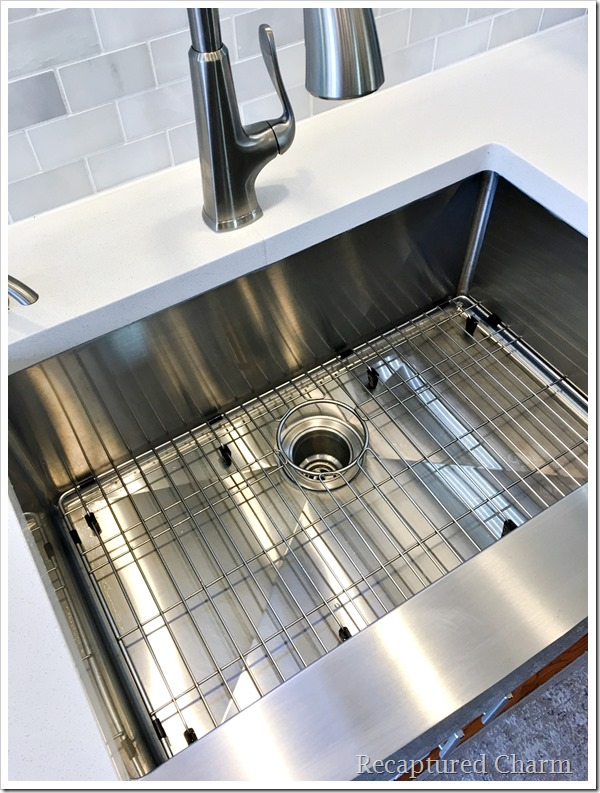 kitchen makeover sink grate 2a
