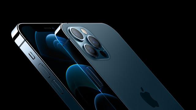 iPhone 12 arka görseli