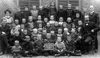 Ameide-Tienhoven Christelijke School ca. 1940.jpg