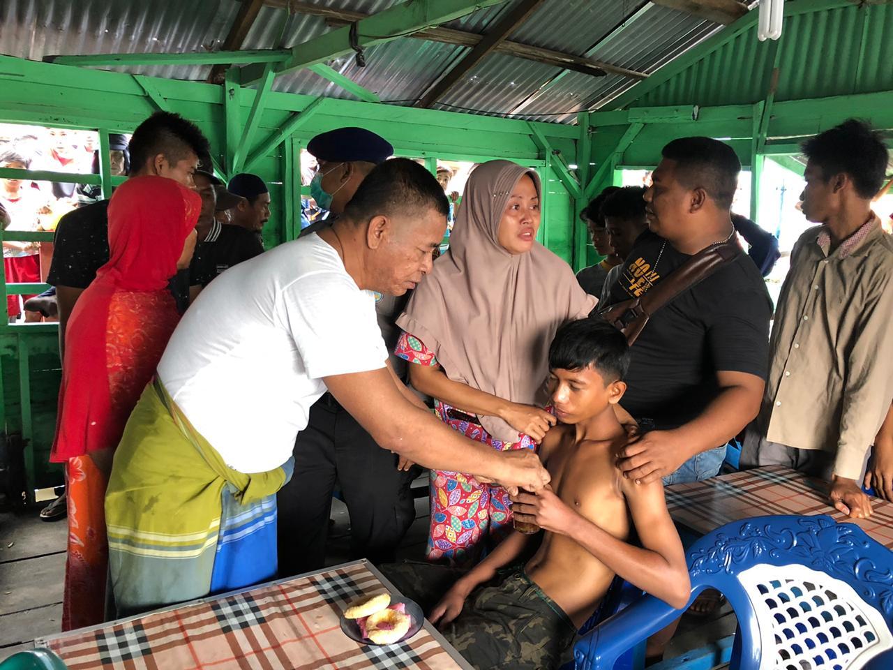 Kapal Pukat Lingkung Karam, 9 Nelayan Selamat di Perairan Bagan Kuala