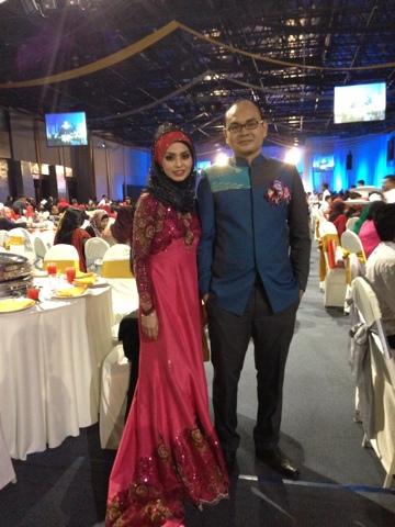 Adibah Karimah and Dr Hasbi at Diamond Night Awards by Hai-O Marketing