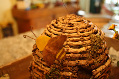 bee skep, spring table