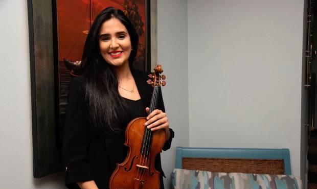 """Aisha Syed: """"Es la primera vez que tenemos un violín de 6 millones de Dólares en RD"""""""