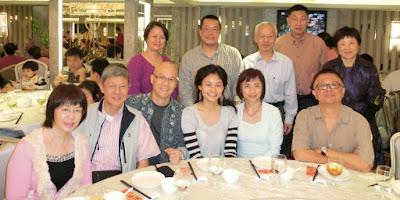 2013年11月24日在長沙灣「富臨漁港囍臨門酒家」與四位海外同學歡宴。